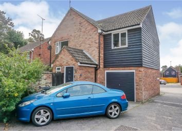 Oliver Place, Witham CM8. 4 bed detached house