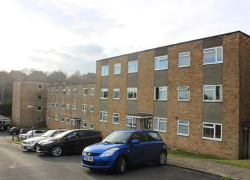 Thumbnail 2 bed flat for sale in Windsor Close, Hove