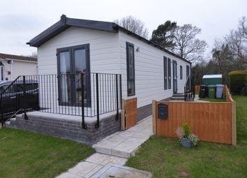 2 bed mobile/park home for sale in Home Farm Park, Lea Green Lane, Church Minshull, Nantwich CW5