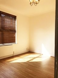 Thumbnail 3 bed bungalow to rent in Lordship Lane, London