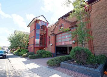 Thumbnail 3 bed flat for sale in Lancefield Quay, Glasgow