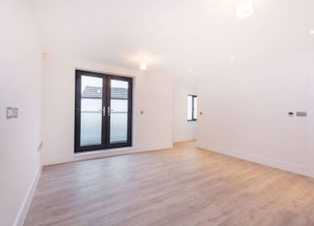 Oval Road, East Croydon, Croydon CR0. 2 bed flat for sale