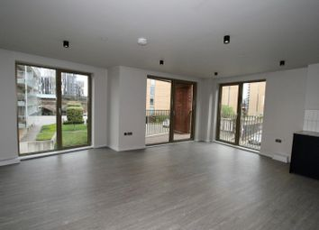 2 bed flat to rent in Hulme Hall Road, Manchester M15