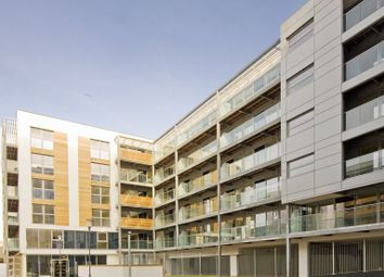 Thumbnail 1 bed flat to rent in 11 Merryweather Plc, Greenwich High Rd, Greenich, London