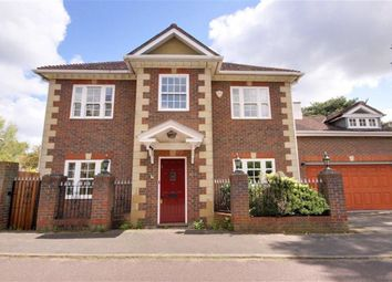 Thumbnail 6 bed detached house for sale in Meadowbanks, Arkley, Hertfordshire