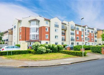 2 bed flat to rent in Monet House, Chiswick W4