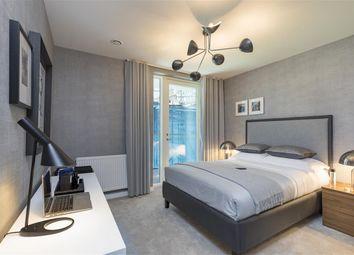 Thumbnail 3 bed flat for sale in Harrison Walk, Greenwich