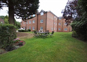 2 bed flat for sale in Warwick Road, Solihull B91