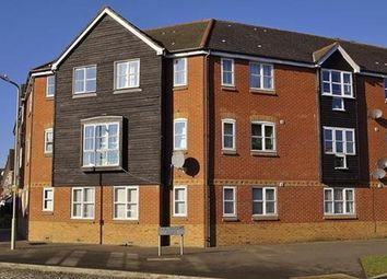 2 bed flat to rent in Earlsworth Road, Ashford TN24