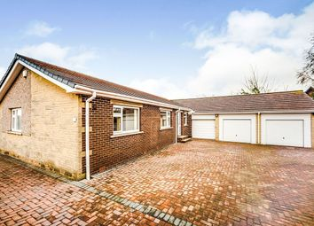 4 bed bungalow to rent in Hoylake Avenue, Huddersfield HD2