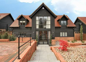 Thumbnail 4 bed detached house to rent in Allum Lane, Elstree, Hertfordshire