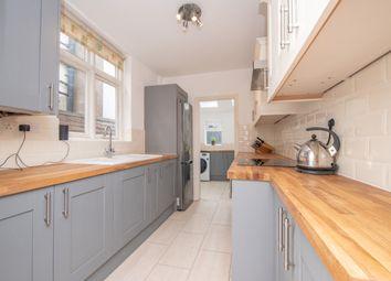 Thumbnail 3 bedroom flat to rent in Chestnut Walk, Stratford-Upon-Avon