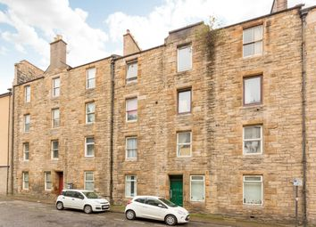 Thumbnail 2 bed flat for sale in 8/8 Upper Grove Place, Fountainbridge