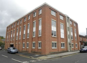 2 bed flat to rent in Royal Court, Haydn Road, Sherwood, Nottingham NG5