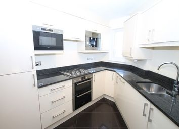Thumbnail Flat to rent in 11 Station Road, Bromley