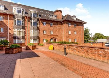 Thumbnail 3 bed flat to rent in Station Road, Wilmslow