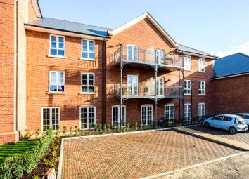 Thumbnail 2 bed flat for sale in Windsor Court, Marlow, Buckinghamshire