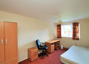3 bed property to rent in Lane End, Hatfield AL10