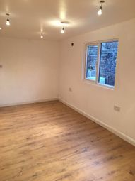 Thumbnail Studio to rent in Leaside Road, London