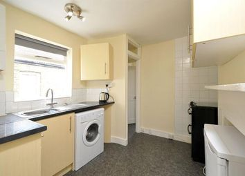 Thumbnail 1 bed flat to rent in Robertson Street, London
