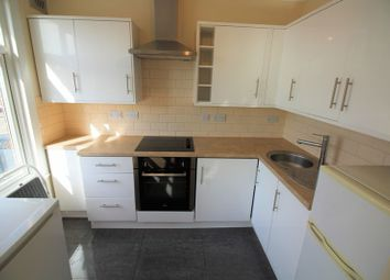 Thumbnail 1 bed flat to rent in Hall Lane, London
