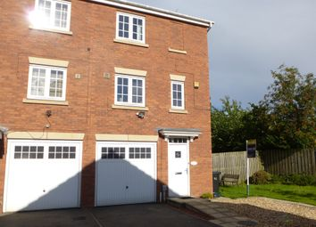 Thumbnail 3 bed terraced house for sale in Halecroft Park, Kingswood, Hull