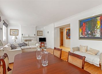 3 bed flat to rent in Campden Hill Mansions, Edge Street, Kensington, London W8