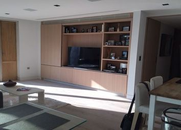 Thumbnail Property to rent in The Queens Walk, London