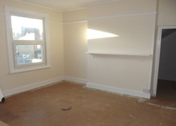 Thumbnail 1 bed flat to rent in Hayes Road, Clacton-On-Sea