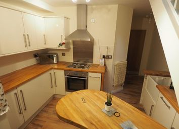 Thumbnail 2 bed flat to rent in Franklin Street, Hull