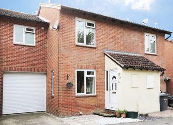 Monkswood Crescent, Tadley RG26. 3 bed semi-detached house