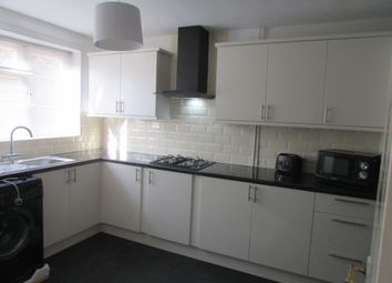 Thumbnail 5 bed maisonette to rent in Courthill Road, London