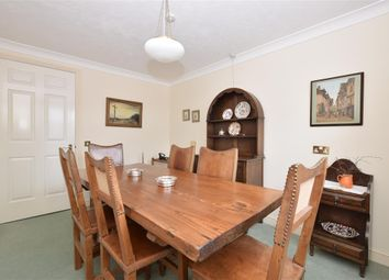 Thumbnail 3 bed flat for sale in Queen Street, Arundel, West Sussex