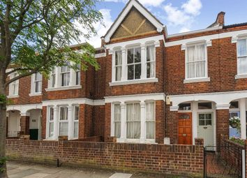 2 bed flat to rent in Waldron Road, London SW18