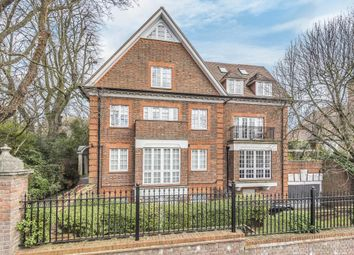 Thumbnail 3 bed flat to rent in Maresfield Gardens, Hampstead NW3,
