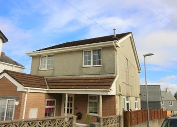 2 bed flat to rent in Callington Road, Saltash PL12