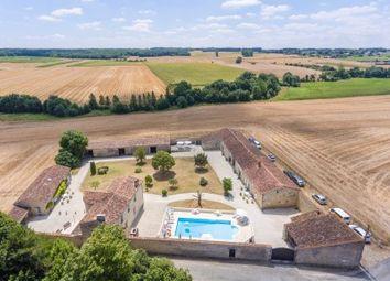 Thumbnail Commercial property for sale in St-Hilaire-De-Villefranche, Charente-Maritime, France