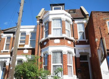 Thumbnail Studio to rent in Hillside Road, Stamford Hill