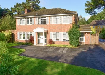 Thumbnail 6 bed detached house for sale in Farleton Close, Weybridge, Surrey