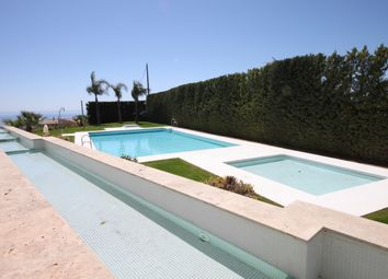 Thumbnail 3 bed town house for sale in Spain, Andalucia, Benahavis, Ww541A