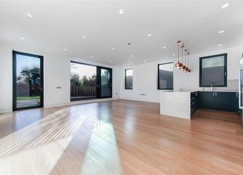 Thumbnail 5 bed flat to rent in Elm Avenue, Ealing