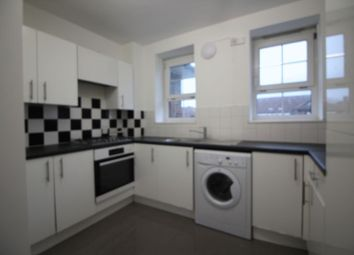 2 bed property to rent in Barville Close, London SE4