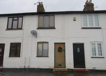 Thumbnail 2 bed bungalow to rent in Lincoln Hatch Lane, Burnham, Slough