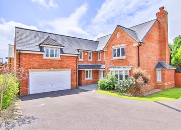 Thumbnail 5 bedroom detached house for sale in Cae Canol, Penarth