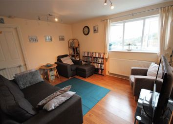 Thumbnail 2 bed flat for sale in Treetop Close, Luton
