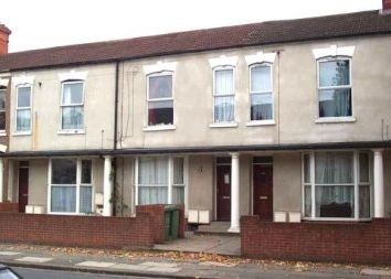 Thumbnail 1 bed flat to rent in Hainton Avenue, Grimsby