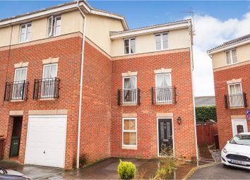 Thumbnail 4 bed town house for sale in Rockingham Close, Lincoln