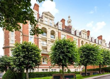 Thumbnail 3 bed flat for sale in Gainsborough House, Frognal Rise, Hampstead, London