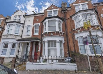 Thumbnail 1 bed flat to rent in Comyn Road, Battersea, London