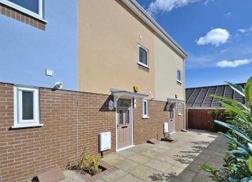 Thumbnail 4 bed town house to rent in Freshbrook Mews, Freshbrook Road